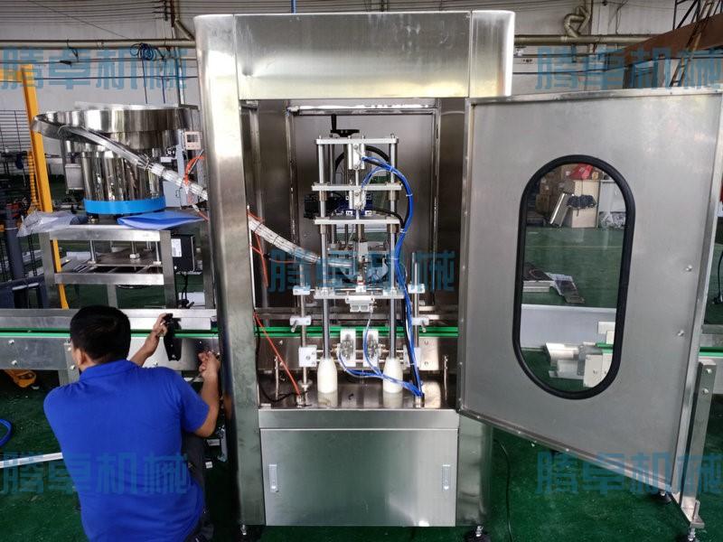 厂价供应液体灌装机