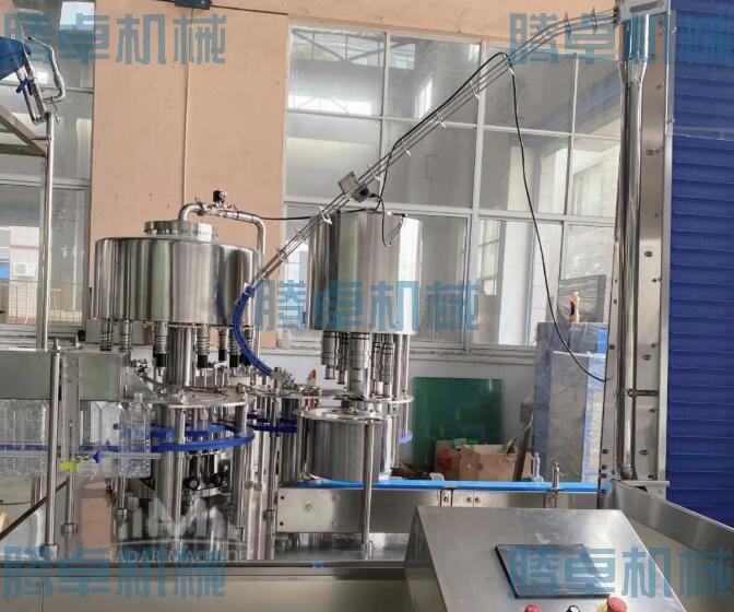 玻璃水灌装机12头 灌装旋盖二合一 蔬菜冰瓶灌装设备
